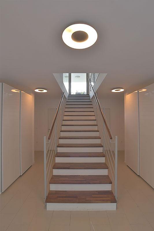 209-12-ATOS-Haus-Hagenbrunn-Eingang