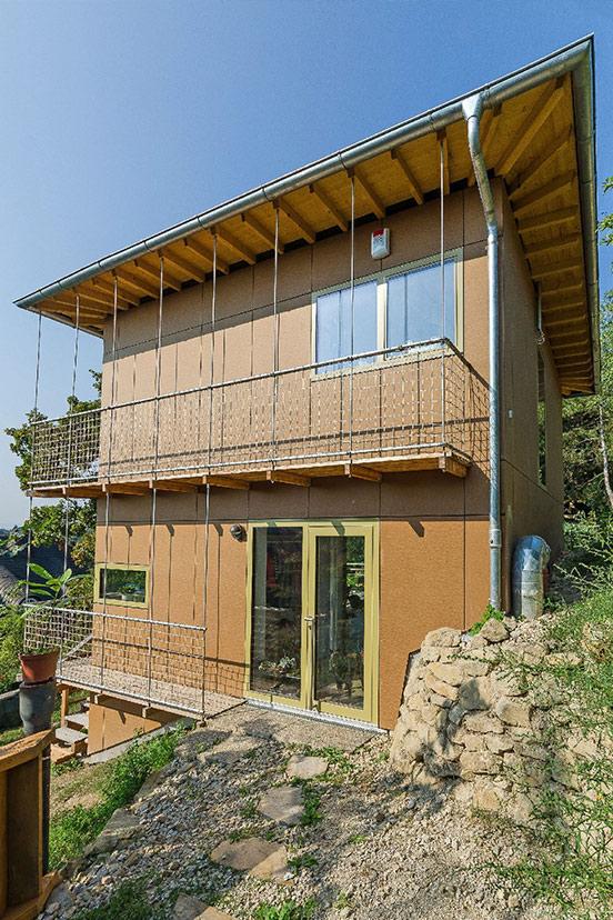 280-03_ATOS_Kleingartenhaus_1160_-Ebener-Zugang-trotz-steilem-Gelände
