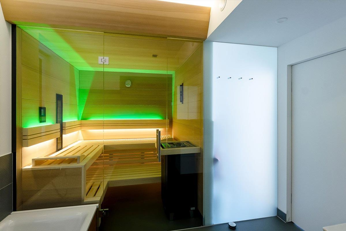 306-20_ATOS_Kleingartenhaus_Smart-Glas-bringt-Licht-und-Weite